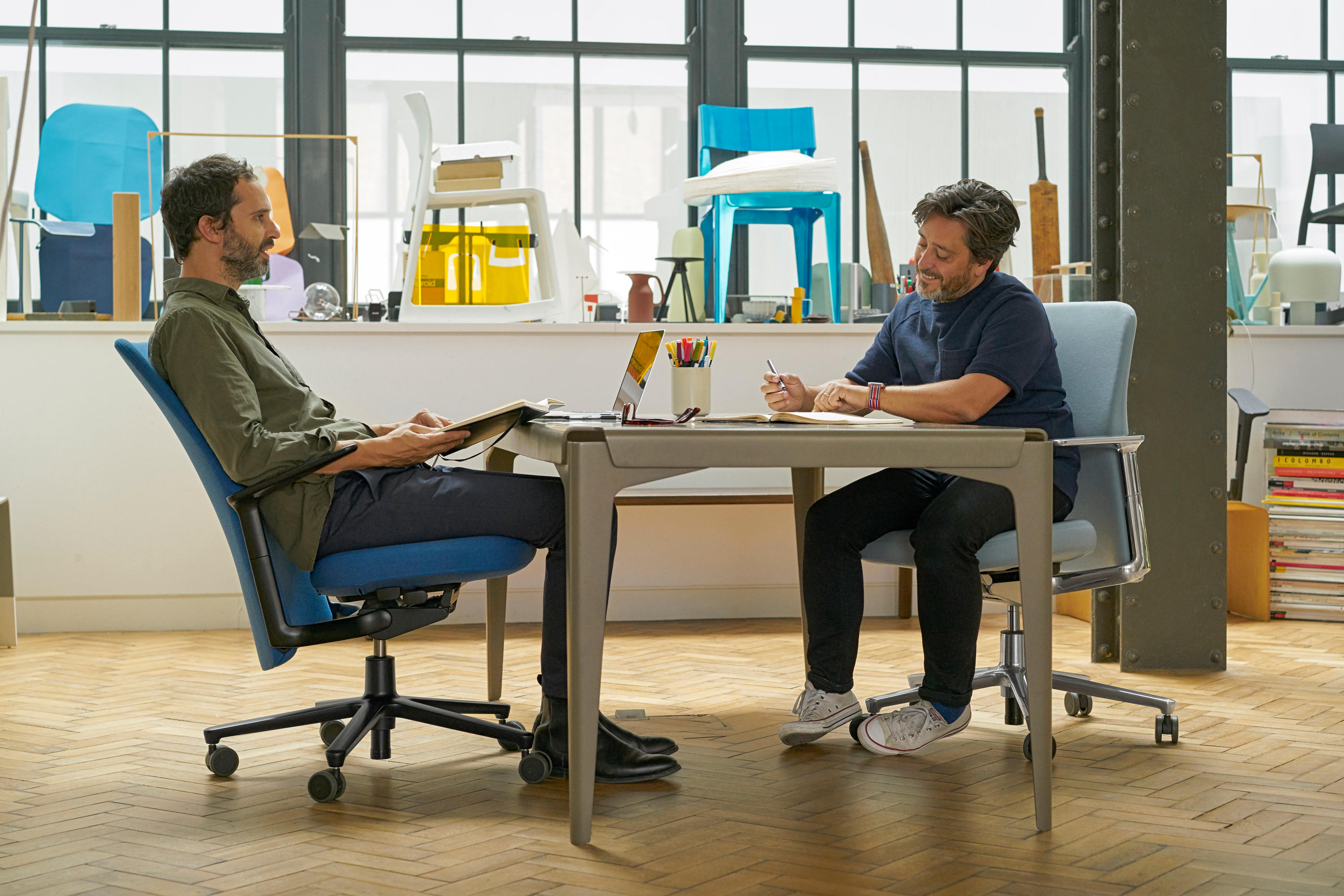 ... Pacific Chair Medium Back By Vitra