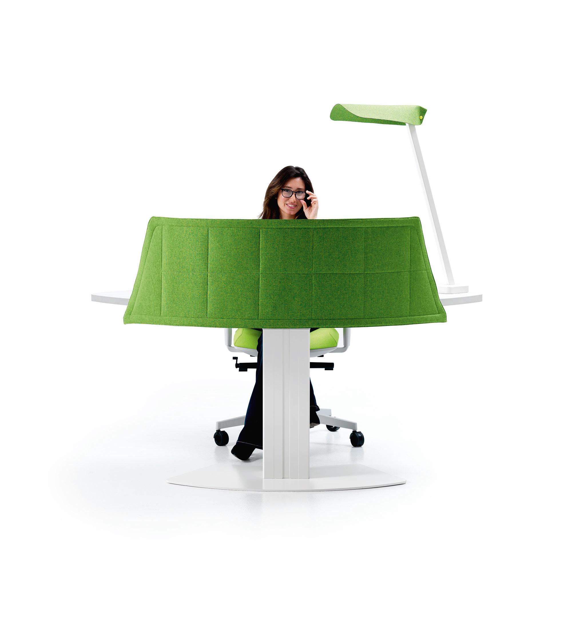 Funny sat welcome tavoli contract ivm architonic for Scrivania reception