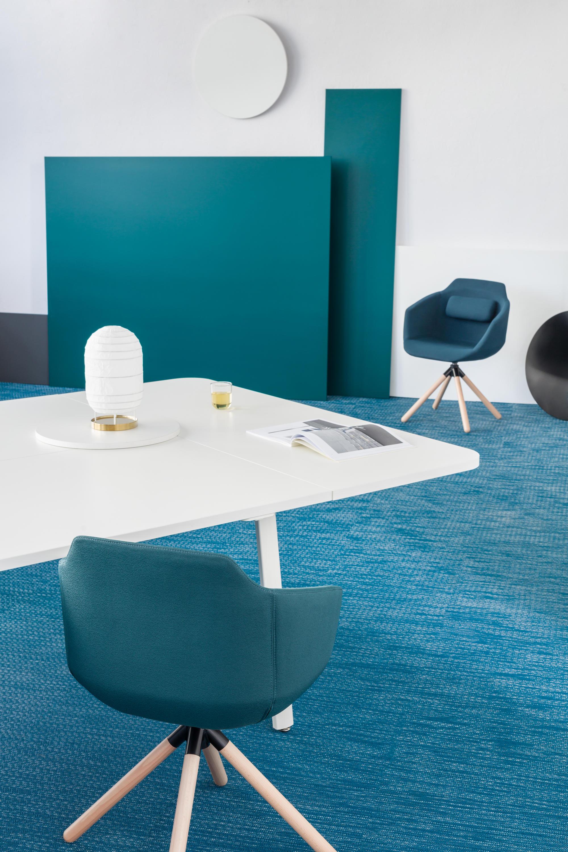 Ultra silla sillas de visita de mdd architonic for Sillas para visitas