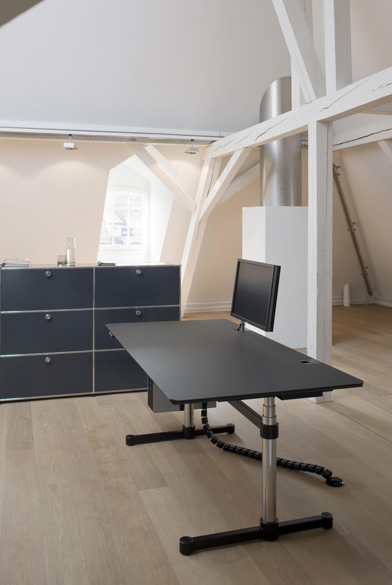 usm kitos e plus escritorios individuales de usm architonic. Black Bedroom Furniture Sets. Home Design Ideas