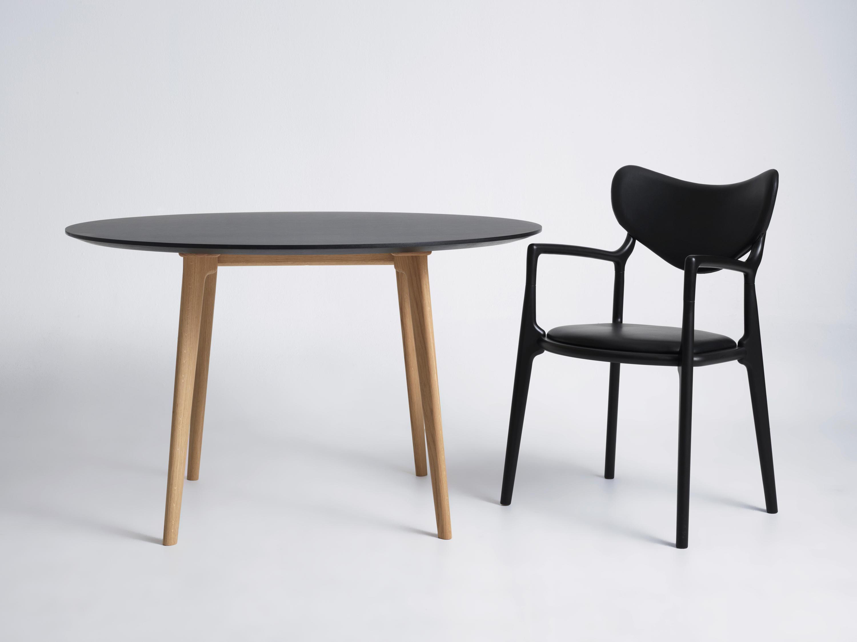 SALON CONSOLE TABLE - Konsoltische von True North Designs | Architonic