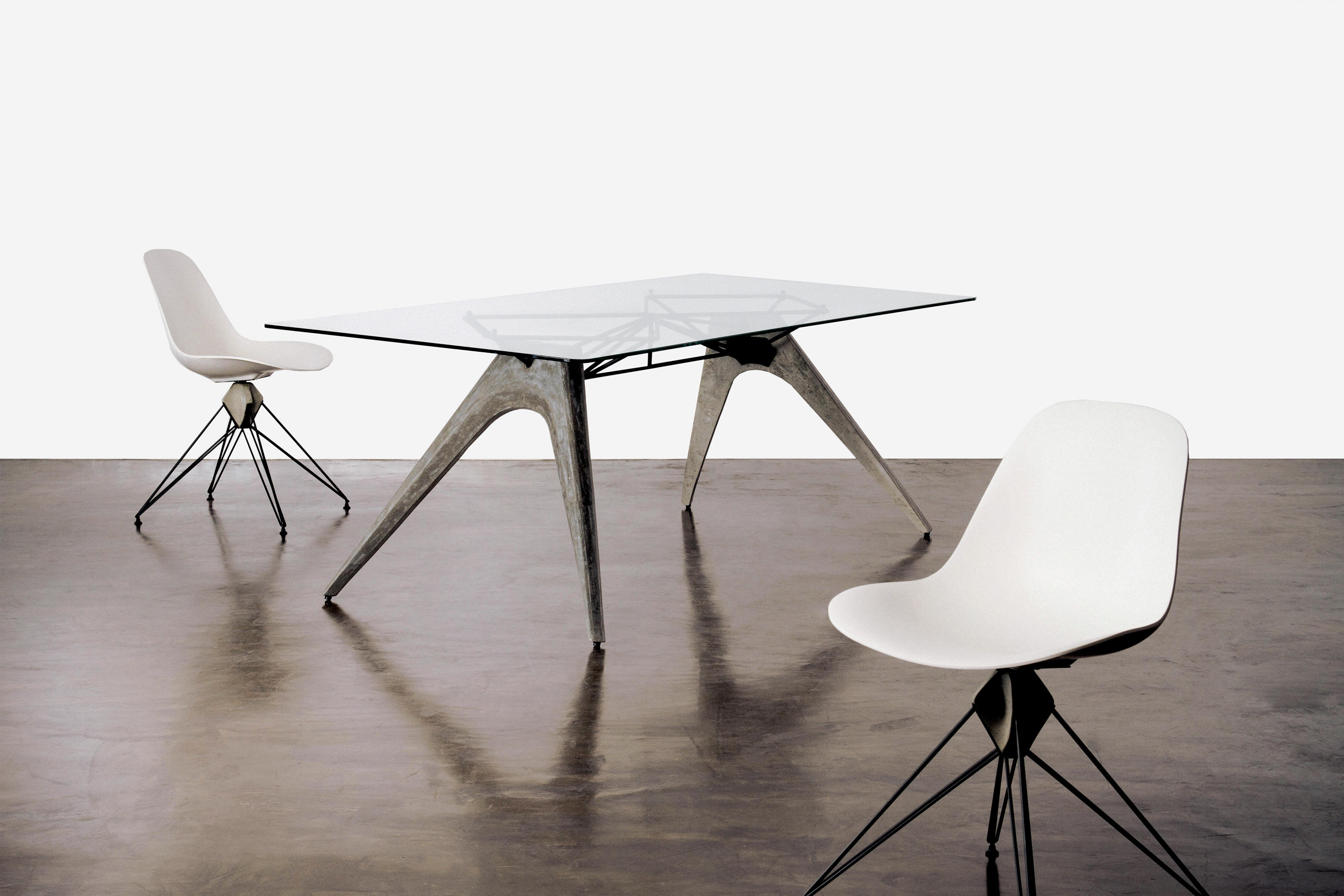Kahn Dining Table Tables De Repas De District Eight