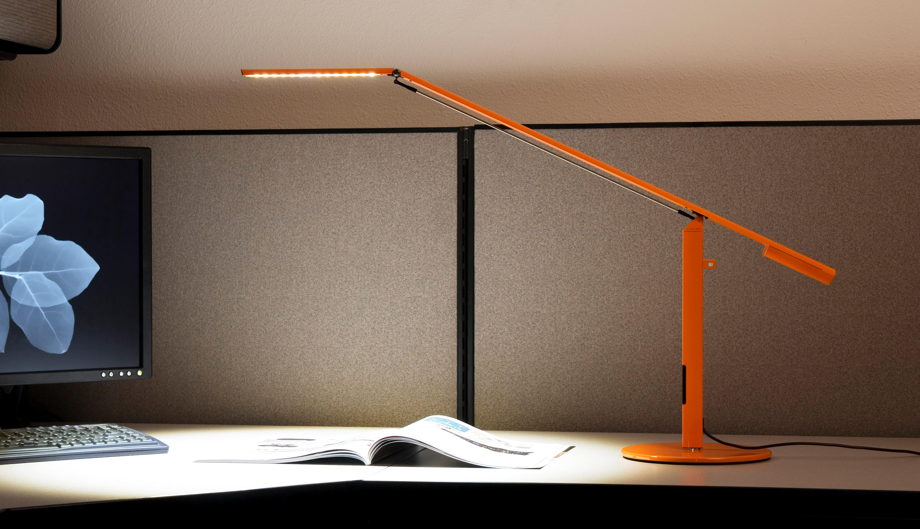 Equo Led Desk Lamp Silver Table Lights From Koncept