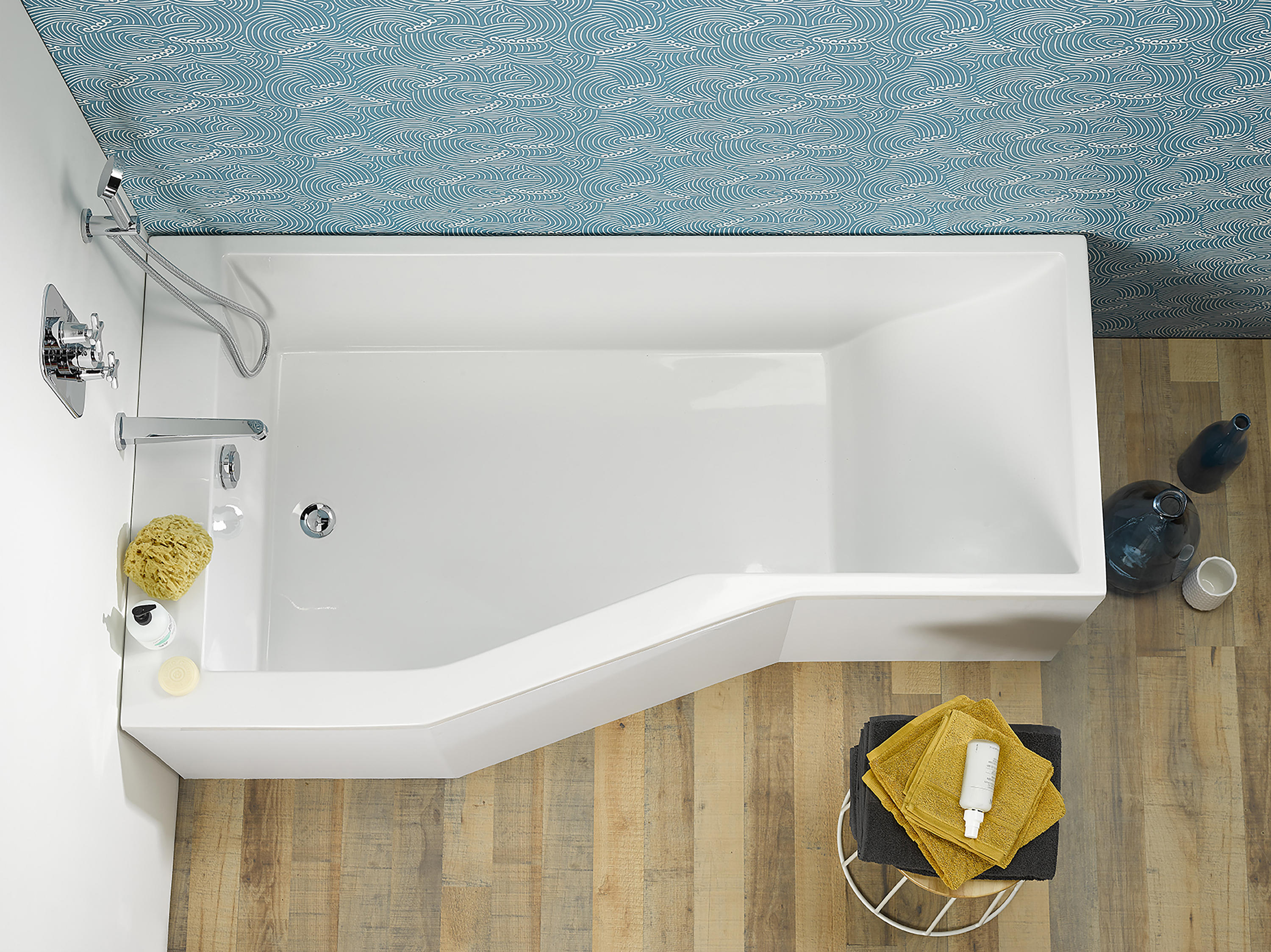 Astrelle - Bathtub To Be Boxed By Thg