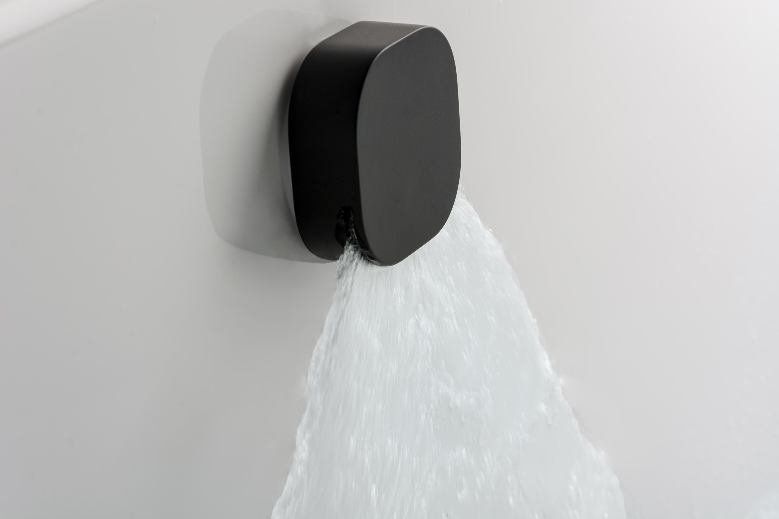 Urban recessed shower head duscharmaturen von bagnodesign