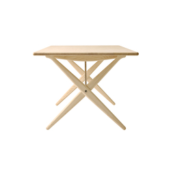 pp85 | Cross Legged Table | Mesas comedor | PP Møbler