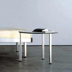 Low tables/Set of tables | Mesas auxiliares | Lehni