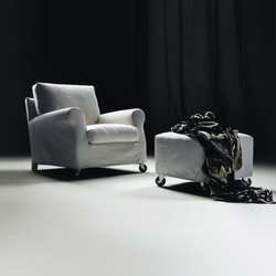 Ugomaria armchair/ottoman | Lounge chairs | Flexform