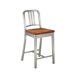 Navy® Counter stool with natural wood seat | Taburetes de bar | emeco