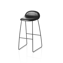 Gubi Stool – Sledge Base | Barhocker | GUBI