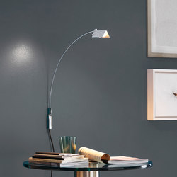 Falena Wall lamp | General lighting | FontanaArte