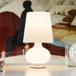 Fontana Table lamp small | General lighting | FontanaArte