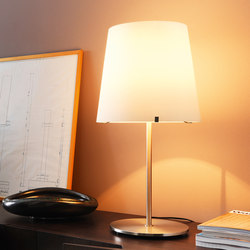 3247 Lampe de table | General lighting | FontanaArte