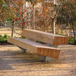 Trapecio | Exterior benches | Santa & Cole