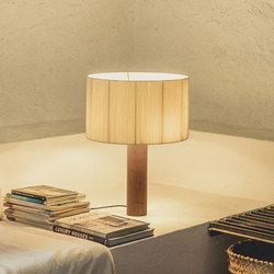 Moragas | Lampe de table | Luminaires de table | Santa & Cole