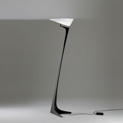Montjuic Stehleuchte | General lighting | Artemide