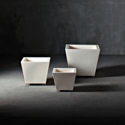 Kabin Family | Plant pots | Serralunga