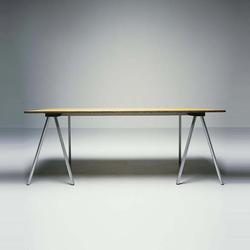 Schraag | Individual desks | BULO