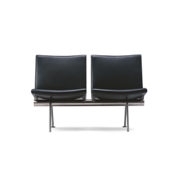 CH402 | Waiting area benches | Carl Hansen & Søn