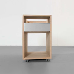 DEPOT X container / sidetable | Tables de chevet | Sanktjohanser