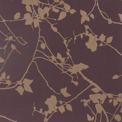 Briar plum/gold wallpaper | Wandbeläge / Tapeten | Clarissa Hulse