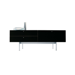 255/256 Flat | Buffets | Cassina