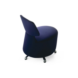 K06 01 Aki | Fauteuils d'attente | Cassina