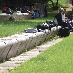 iola | Exterior benches | Santa & Cole