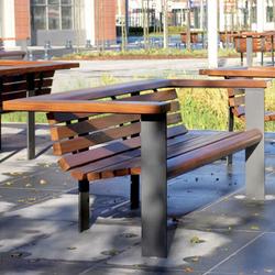 Vía Augusta | Exterior benches | Santa & Cole