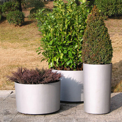 Casicilíndrica | Flowerpots / Planters | Santa & Cole
