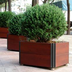 Plaza | Pflanzkästen / -kübel | Santa & Cole