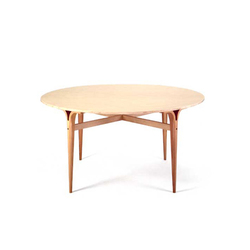Table with cleft legs | Mesas comedor | Bruno Mathsson International