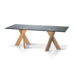 Trias | Dining tables | Röthlisberger Kollektion
