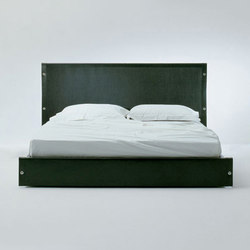 Lario Bed | Double beds | Bonacina Pierantonio