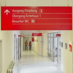 quintessenz Direction sign ceiling suspended | Wayfinding | Meng Informationstechnik