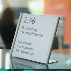 tube+panel table-top signs | Diverso | Meng Informationstechnik