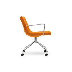 Bond armchair with castors | Chaises de travail | OFFECCT
