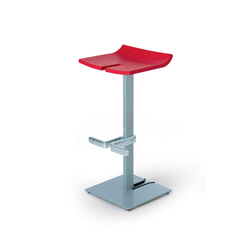 Stacky Medium | Bar stools | ENEA