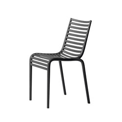 Pip-e stackable chair | Sillas multiusos | Driade