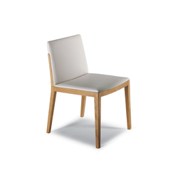 Beatrice | Chairs | Poltrona Frau