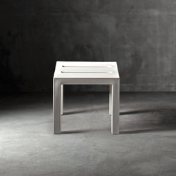 Handy45 | Side tables | Serralunga