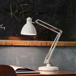 Naska Table lamp | Task lights | FontanaArte