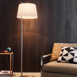 Passion floor lamp | General lighting | FontanaArte