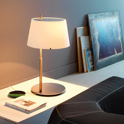 Passion Table lamp | Table lights | FontanaArte