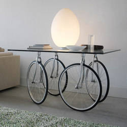 Tour Table | Dining tables | FontanaArte