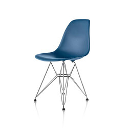 Eames Molded Plastic Side Chair | Sillas para restaurantes | Herman Miller