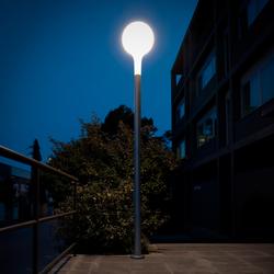 Nanit p Columna Floor lamp | Path lights | Metalarte
