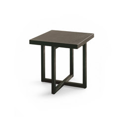 Yard coffee table | Side tables | Poliform
