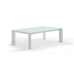 Deneb Glass | Lounge tables | STUA