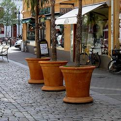 Kalmar Flower Pot